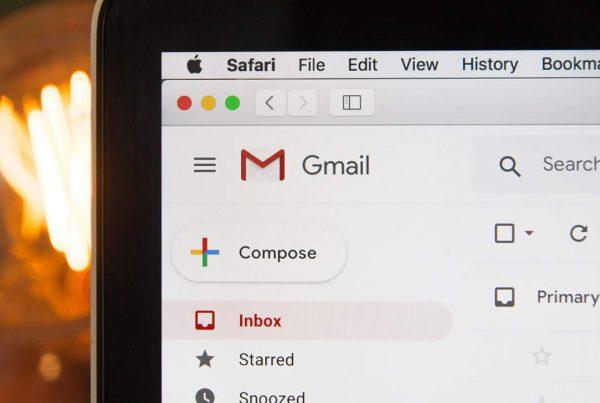 Configure envio e recebimento de outras contas de e-mail no Gmail